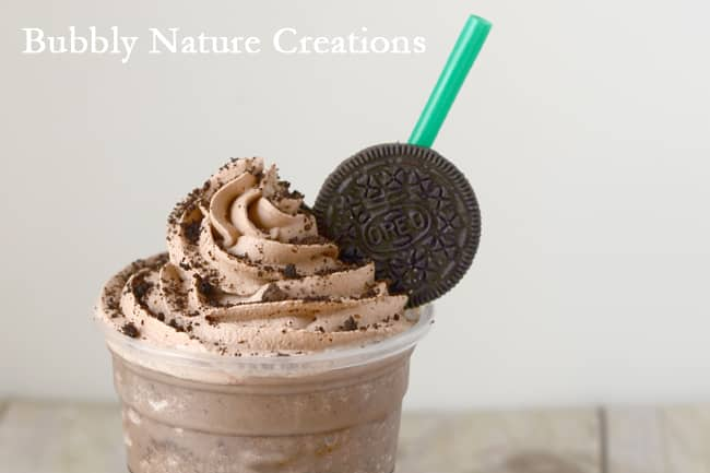 Mocha Cookie Frozen Coffee 1