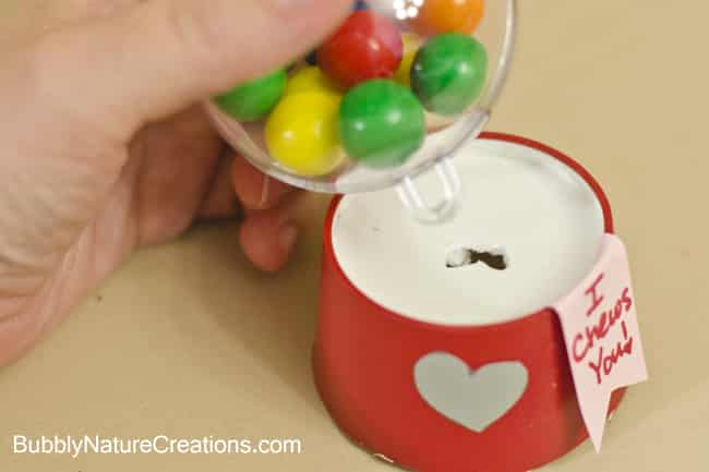 Bubblegum Mini Bubblegum Machine Valentines! {Tutorial}