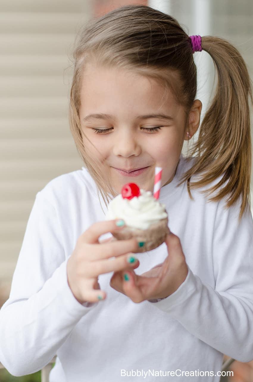 Classic Milkshake Ice Cream Cupcakes 2