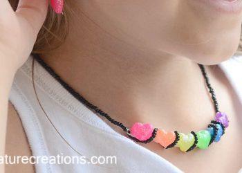 DIY Neon Jewelry with Mod Melts! #Sponsored #ModMelts
