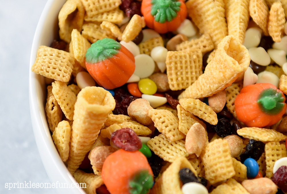 Thanksgiving Fall Snack Mix