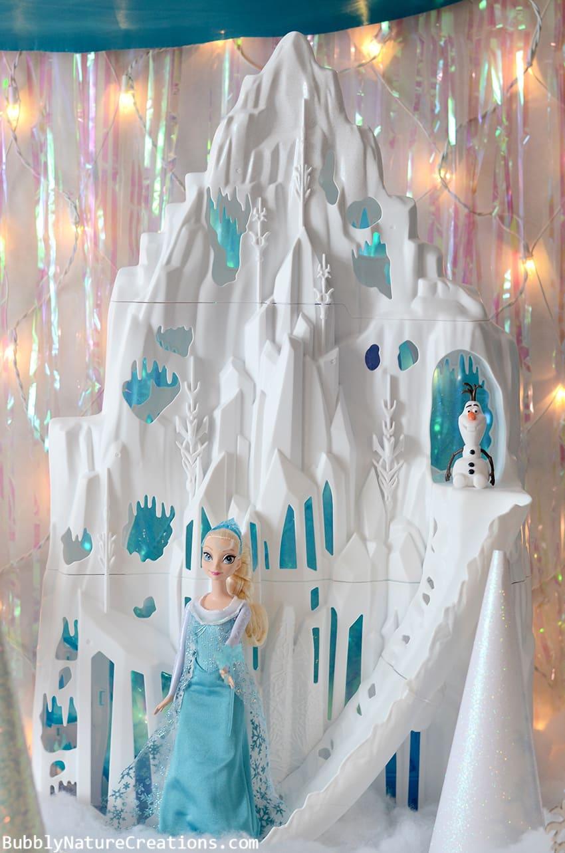Disney FROZEN Elsa and Ice Palace