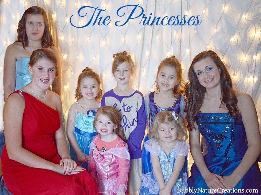Disney Frozen Party outfits