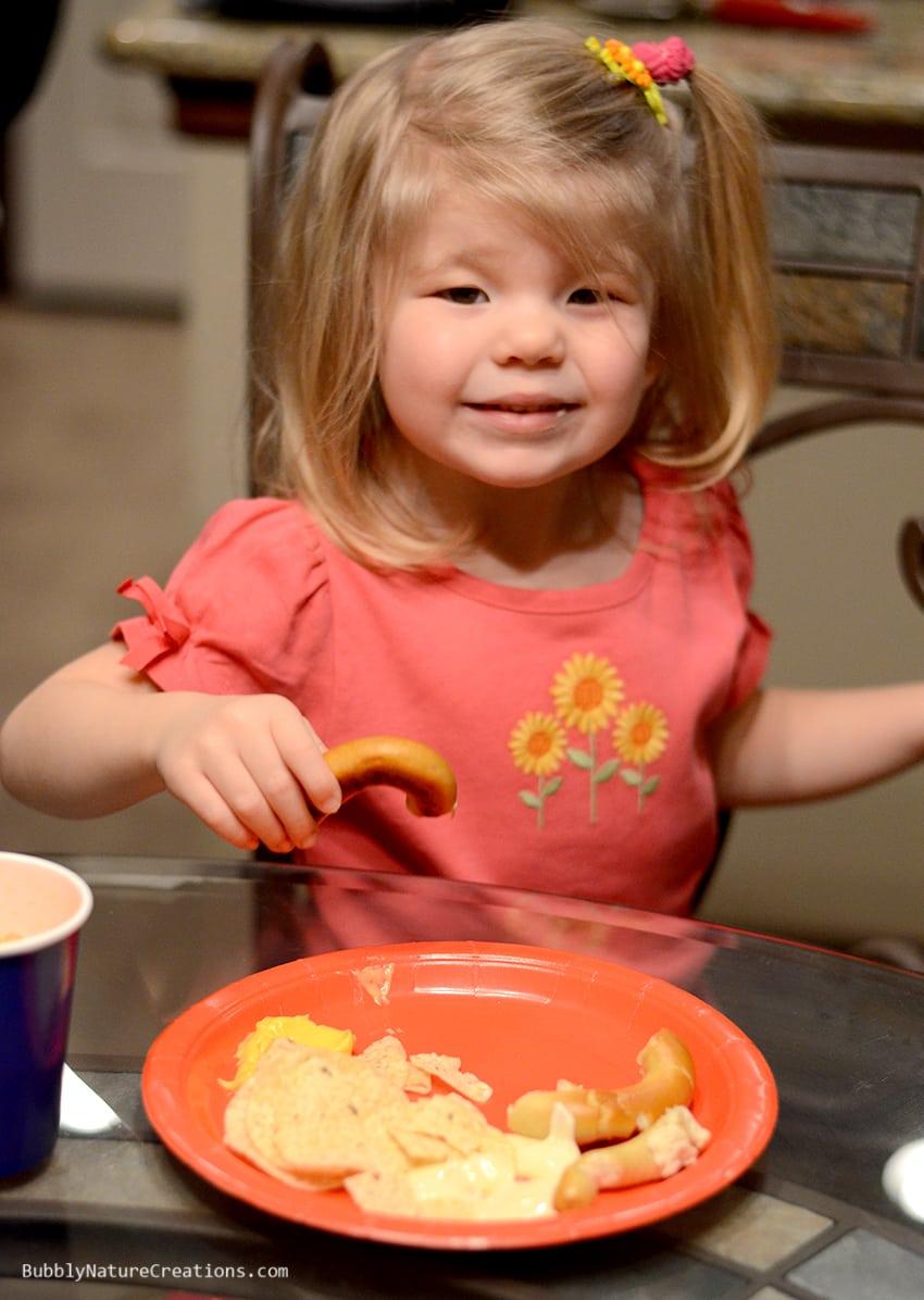 Girl enjoying food!  #cbias #shop #OneBuyForAll