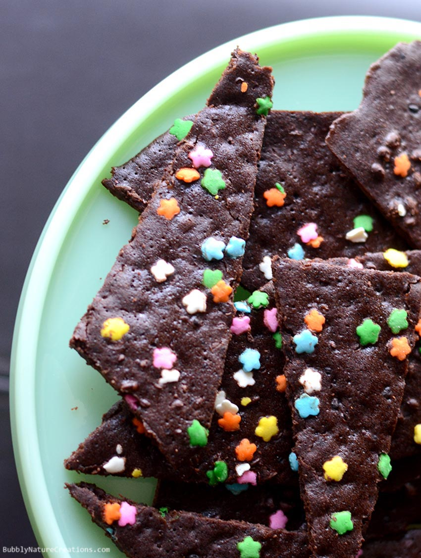 Brownie Bark! This is so good... like a brownie chip!