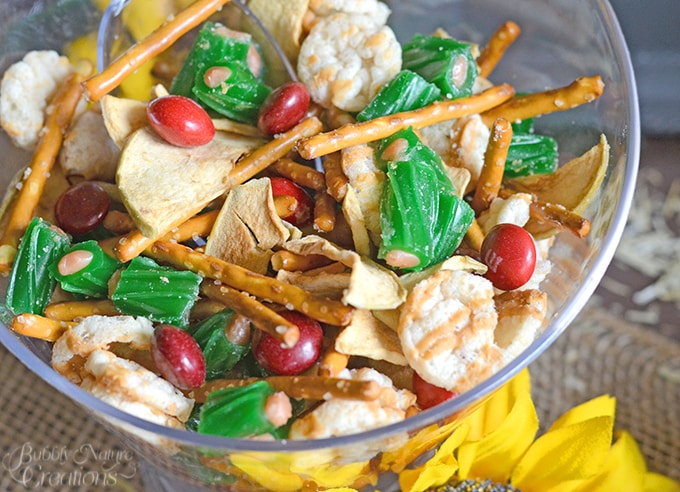 Caramel Apple Snack Mix!#FlavorofFall #CollectiveBias #shop