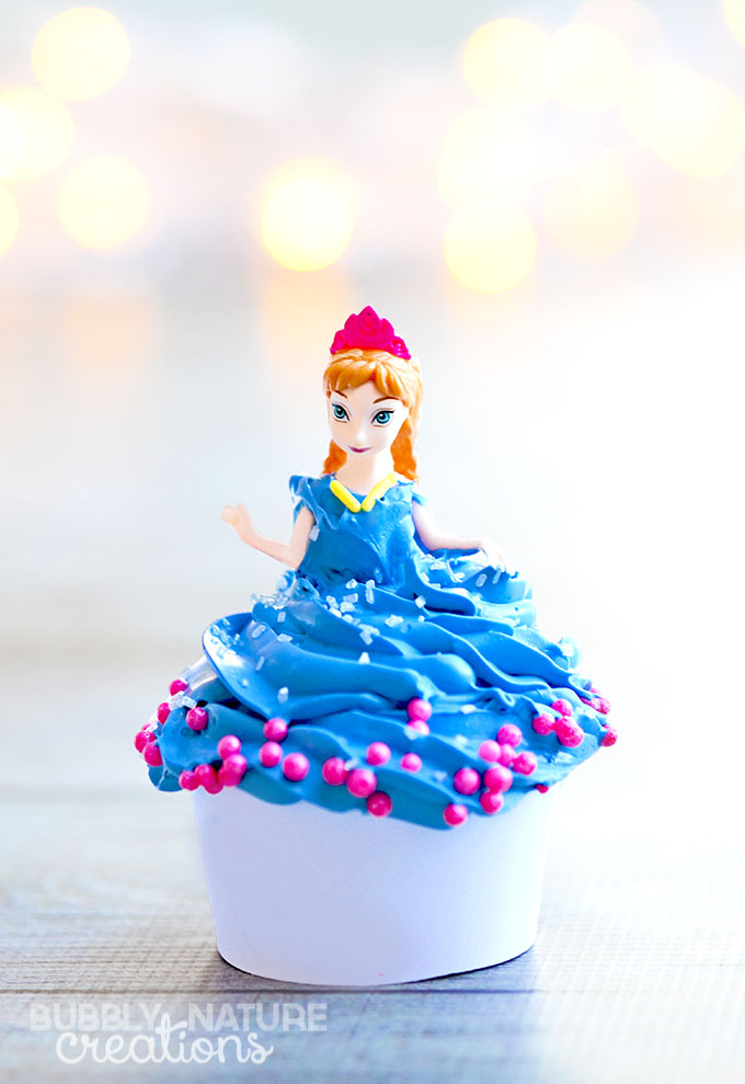 Disney Frozen Anna Cupcakes! So easy and dolls can be a party favor as well!