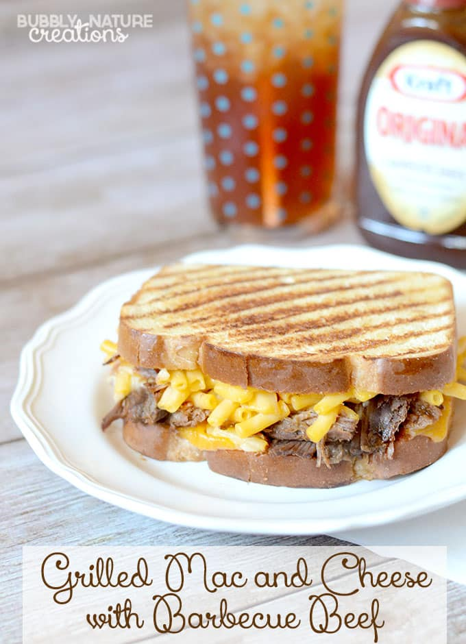 Grilled Mac and Cheese with Barbecue Beef! So delicious! #CollectiveBias #RollIntoSavings #shop