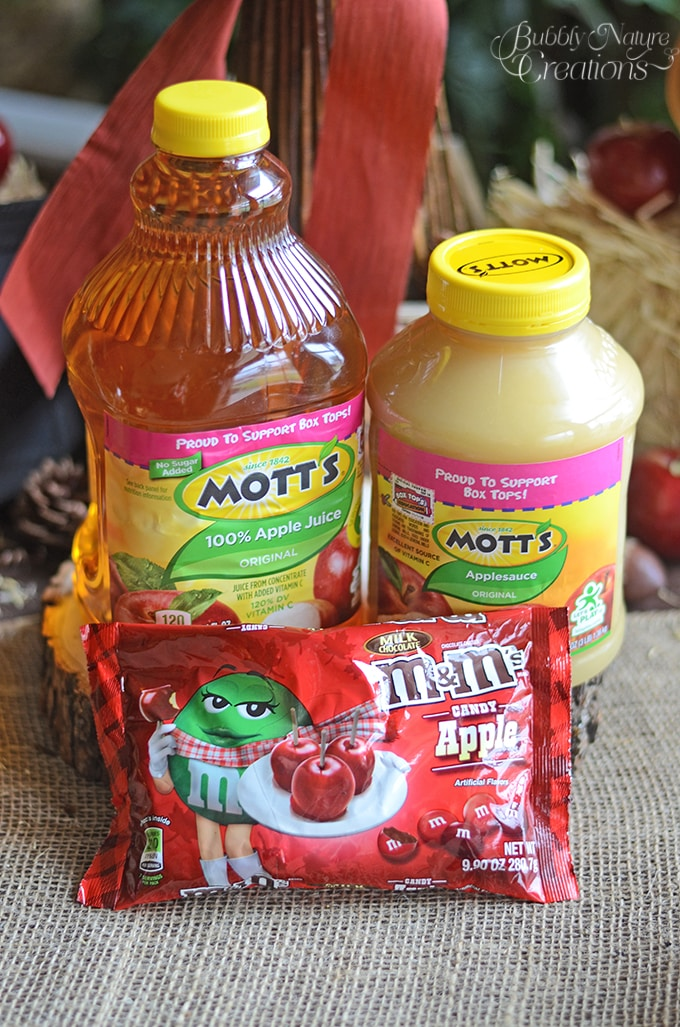 Mott's and M&M's Apple Flavors!  #FlavorofFall #CollectiveBias #shop