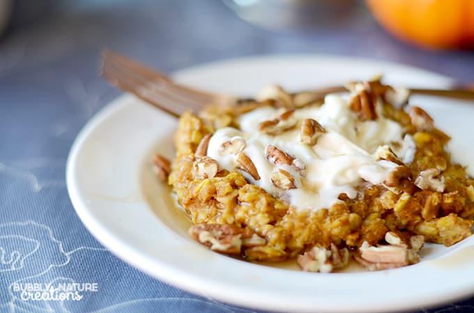 Baked Pumpkin Pie Oatmeal! Pefect fall weather breakfast! Yum!