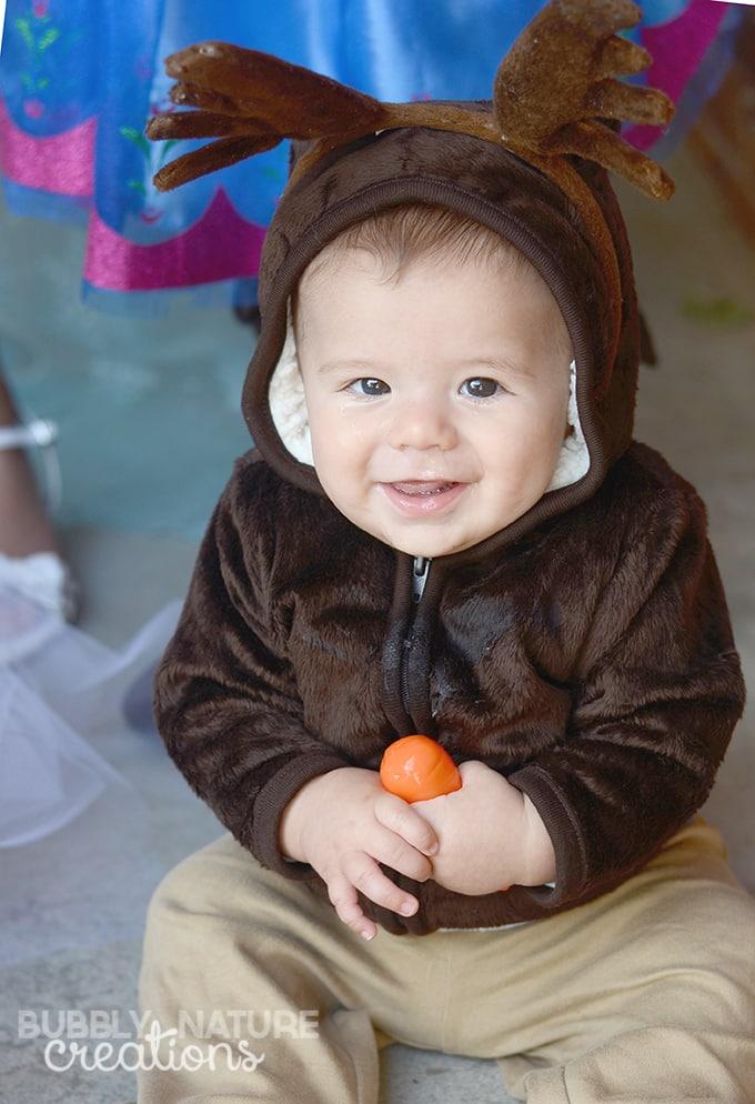 Easy Sven Costume for Infants! So cute!