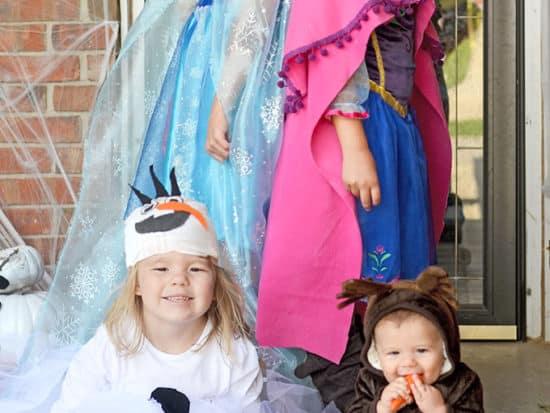 DIY Disney FROZEN No-Sew Custom Costumes!