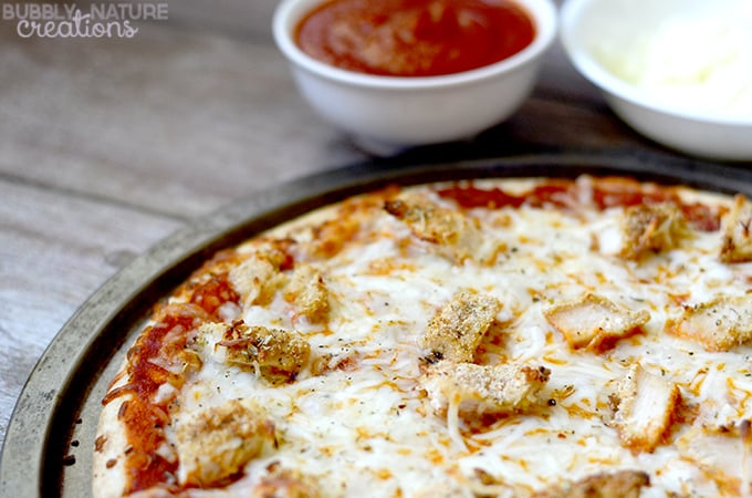 Chicken Parmesan Pizza!. Chicken Parmesan and Pizza are so good together!
