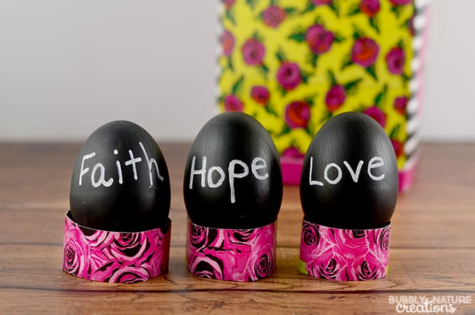 Chalkboard Easter Eggs with Kleenex Box Egg Holders!  Easy Easter Craft  #KleenexBetsyStyle #ad