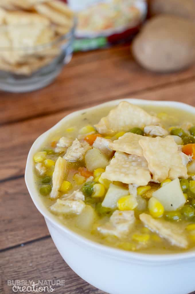 Chicken Pot Pie Soup!!! Such a quick and easy meal idea! I love the pie crust crackers and creamy taste of this soup.