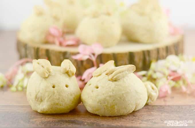 Bunny Rolls!  A fun Easter roll idea!.