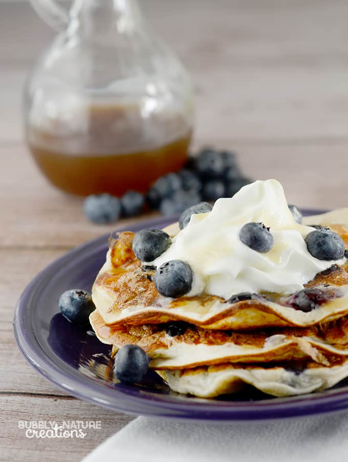 High Protein Oatmeal Blueberry Pancakes!  Tastes even better than traditional pancakes!  Amazing! 6 WWP+ THM E #WeightWatchers #WWsponsored