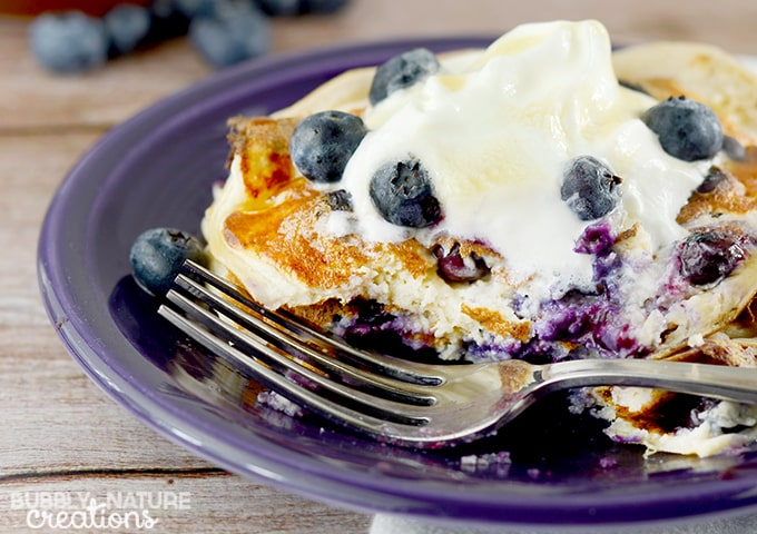 High Protein Oatmeal Blueberry Pancakes!!  Tastes even better than traditional pancakes!  Amazing! 6 WWP+ THM E!  #WeightWatchers #WWsponsored