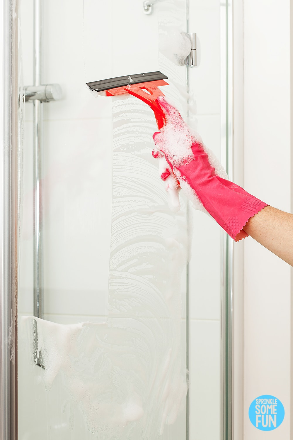 How To Clean A Dirty Shower In 5 Minutes Sprinkle Some Fun