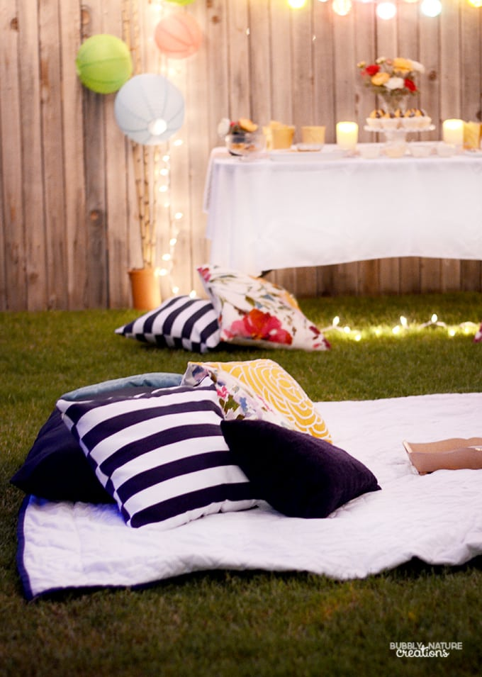 Outdoor Summer Evening Party!  Throw an easy summer evening party for easy nighttime entertaining.