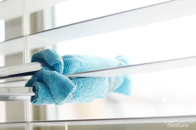 DIY Quick and Easy Way to Clean Blinds!  Quick way to clean blinds and reach high spots... this is genius!!