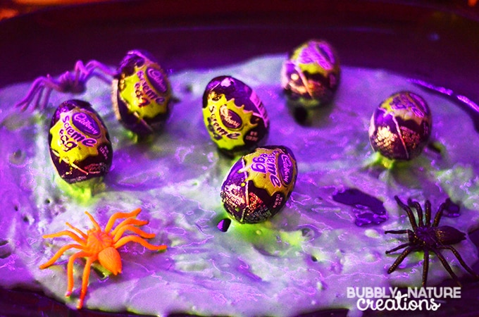 Halloween Glow Party Spooky Spider Eggs with green slime!