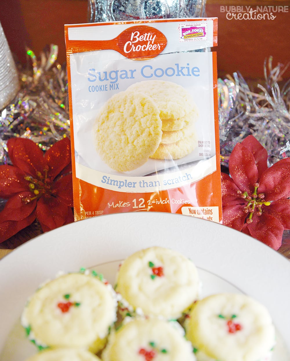 Creamy Cheesecake Filled Sugar Cookie Sandwiches.. Such a delicious recipe for Christmas Cookies!