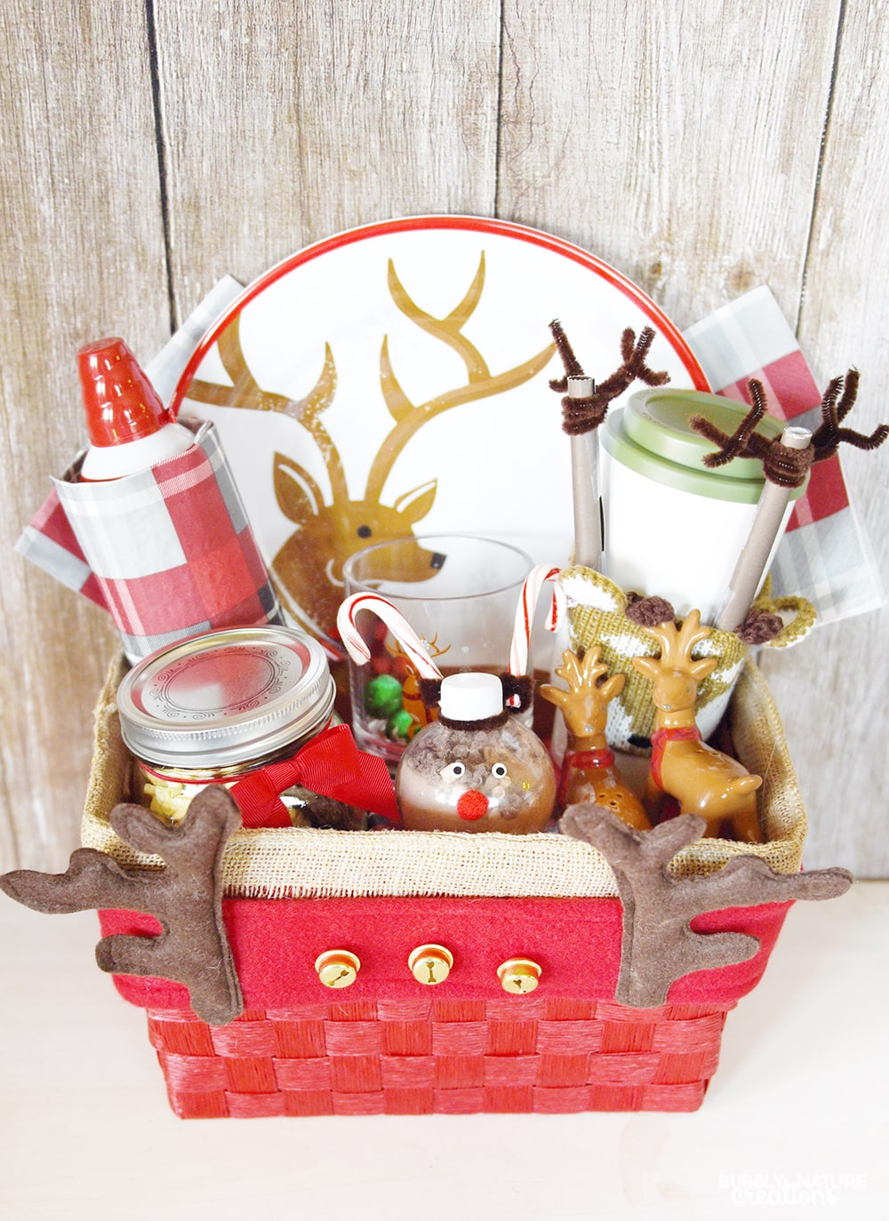Reindeer Gift Basket ⋆ Sprinkle Some Fun