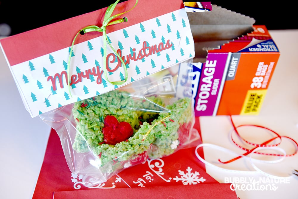 Easy Hefty Bag Toppers 4 Holiday gifts!
