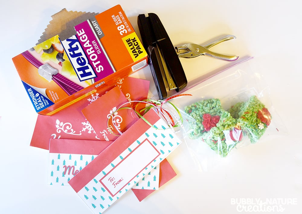 Easy Hefty Bag Toppers for Holiday gifts!!