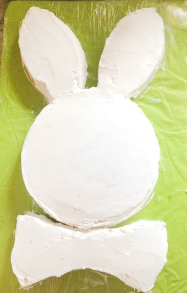 Easy Bunny Cake!!. Use 2 8 inch round cakes to make this super simple cake for Easter! So fun!
