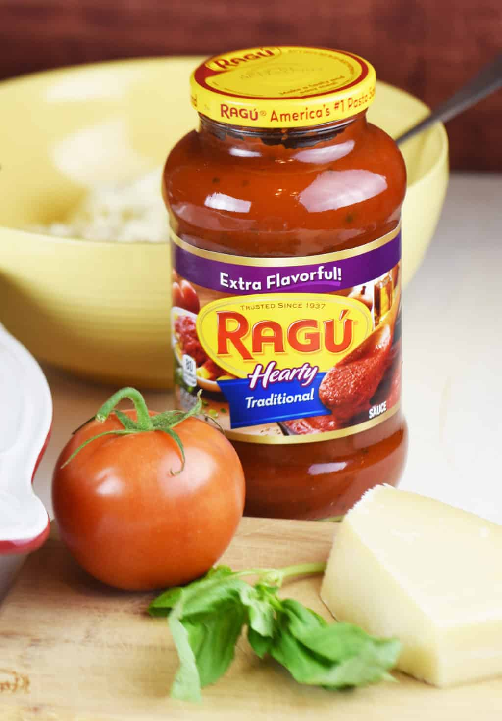 Ragu Sauce Simmered in Tradition