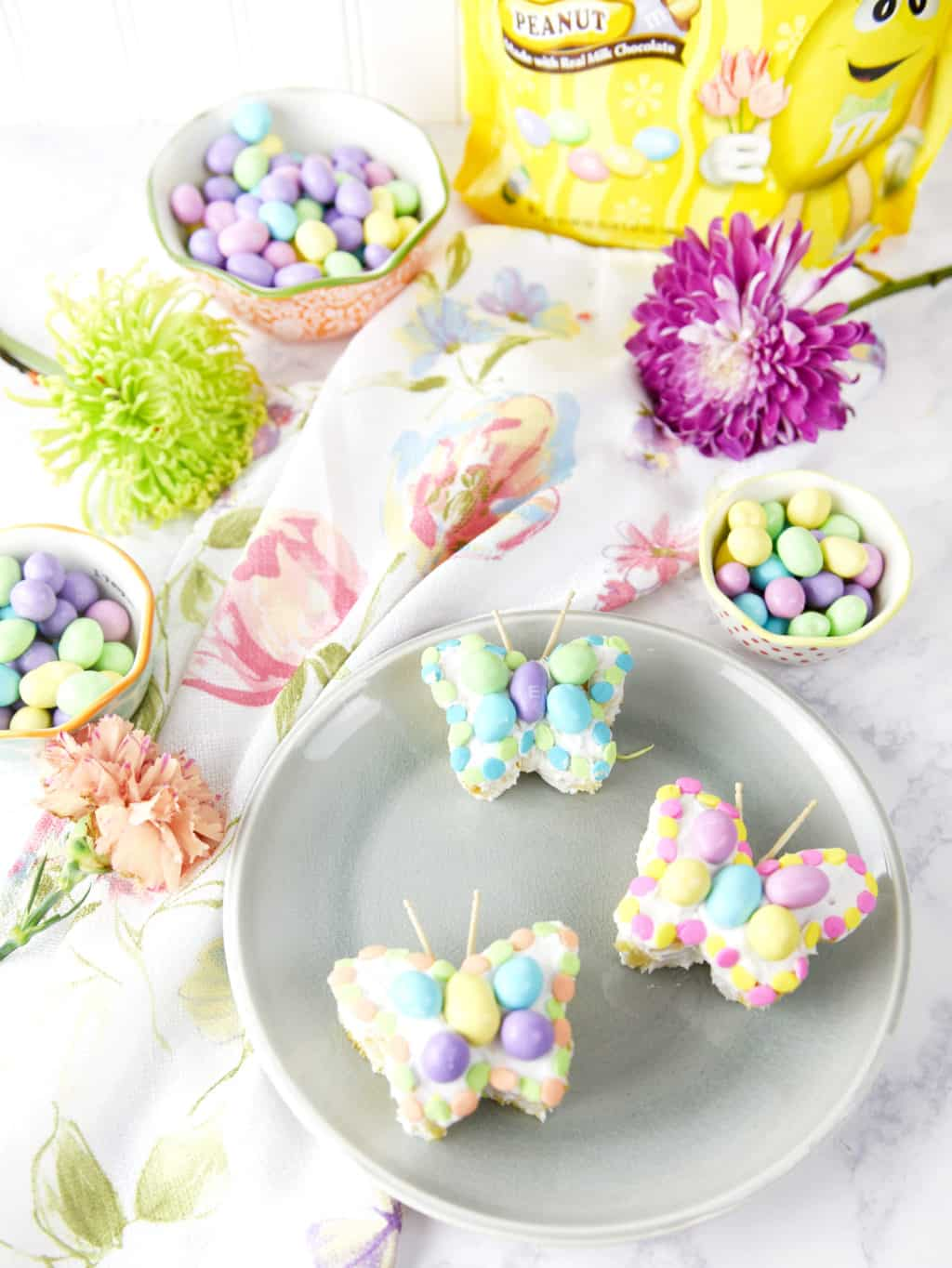 Butterfly Mini Cakes made from Cupcakes! So pretty and cute for spring and Easter!!!