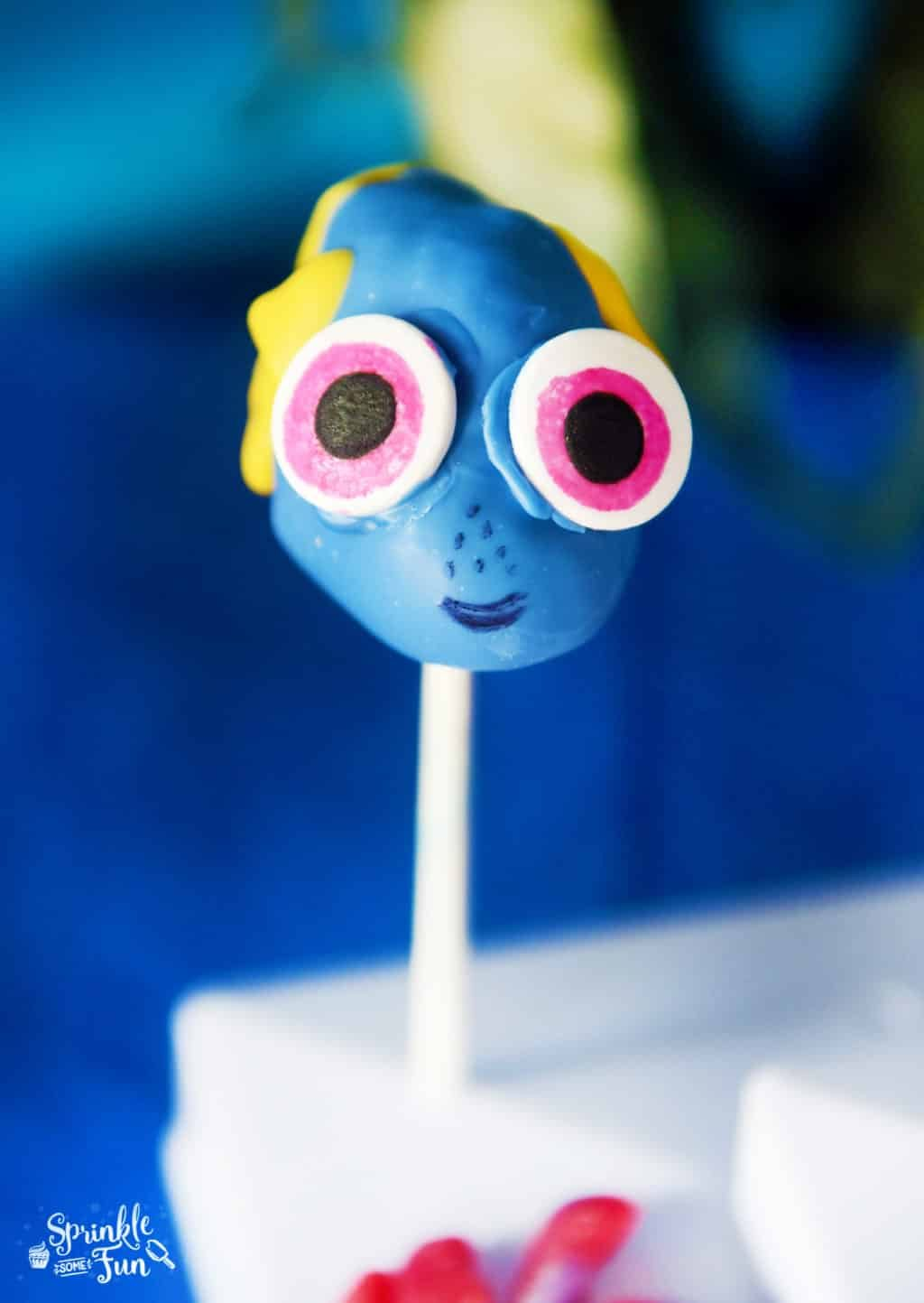 Finding Dory Party Baby Dory Cake Pops!
