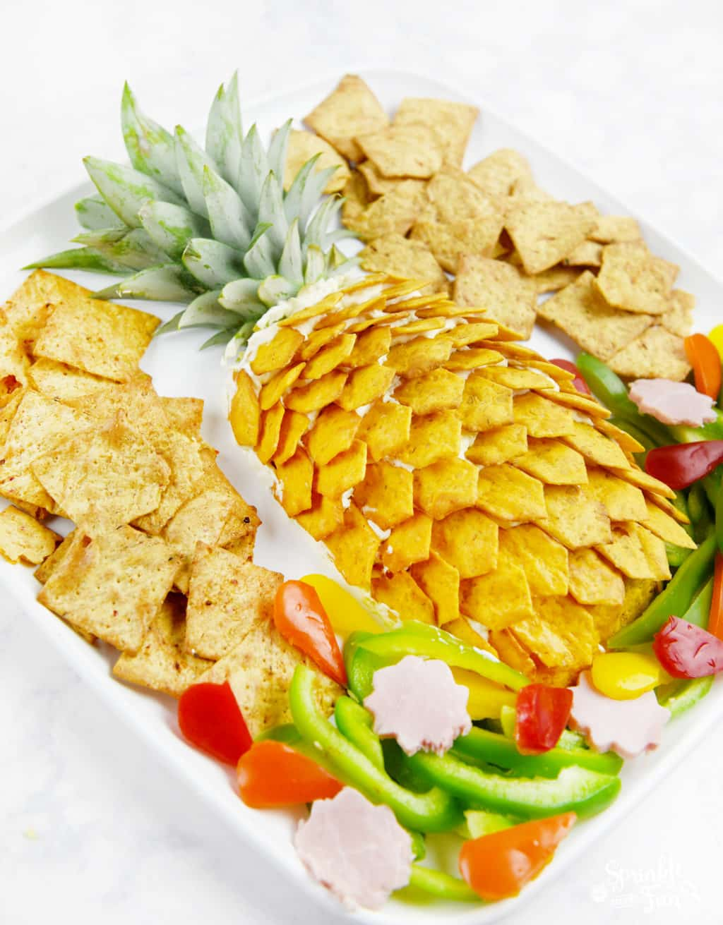 Pineapple Cheeseball Platter! This is an easy Hawaiian themed platter!