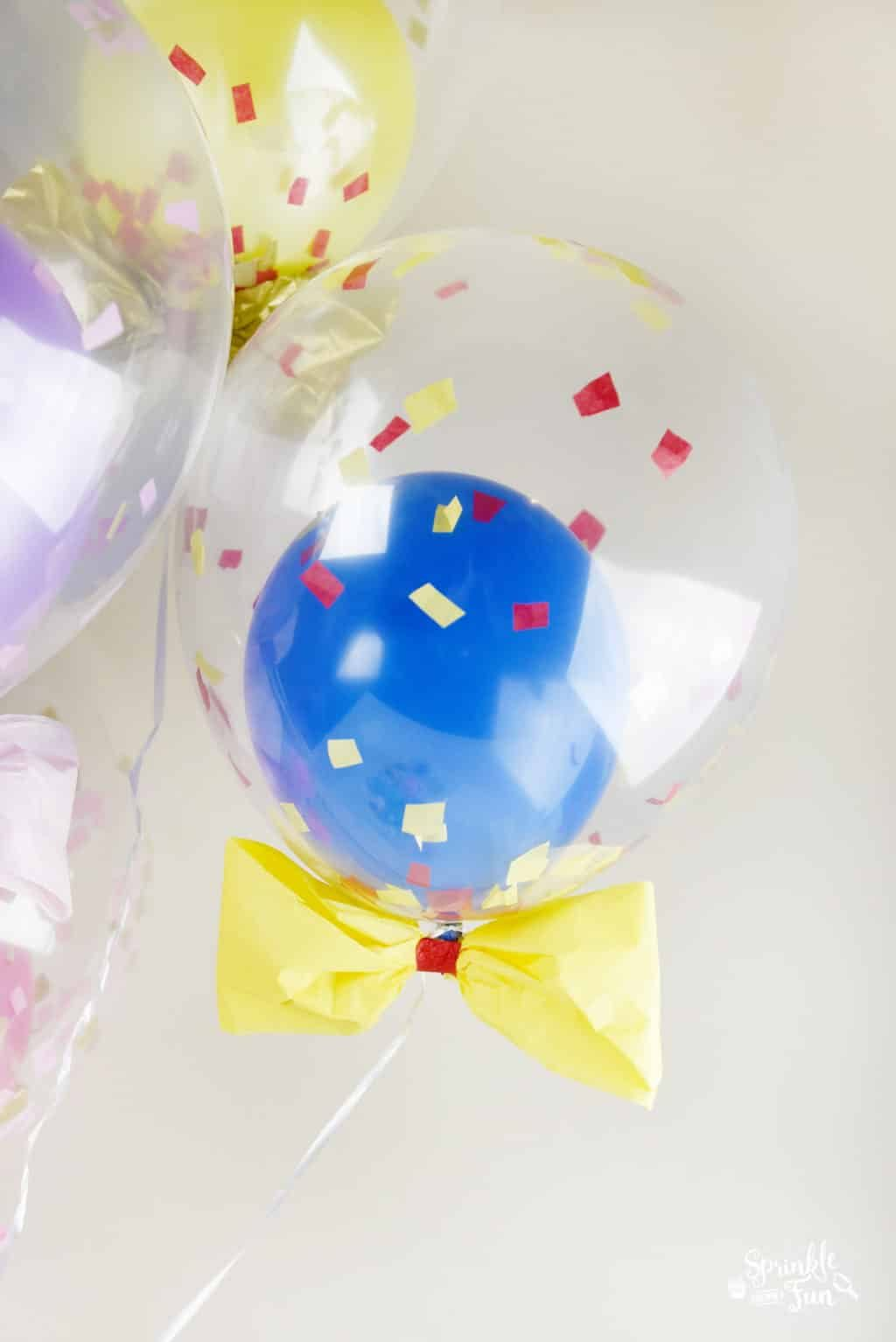 Snow White Balloon DIY