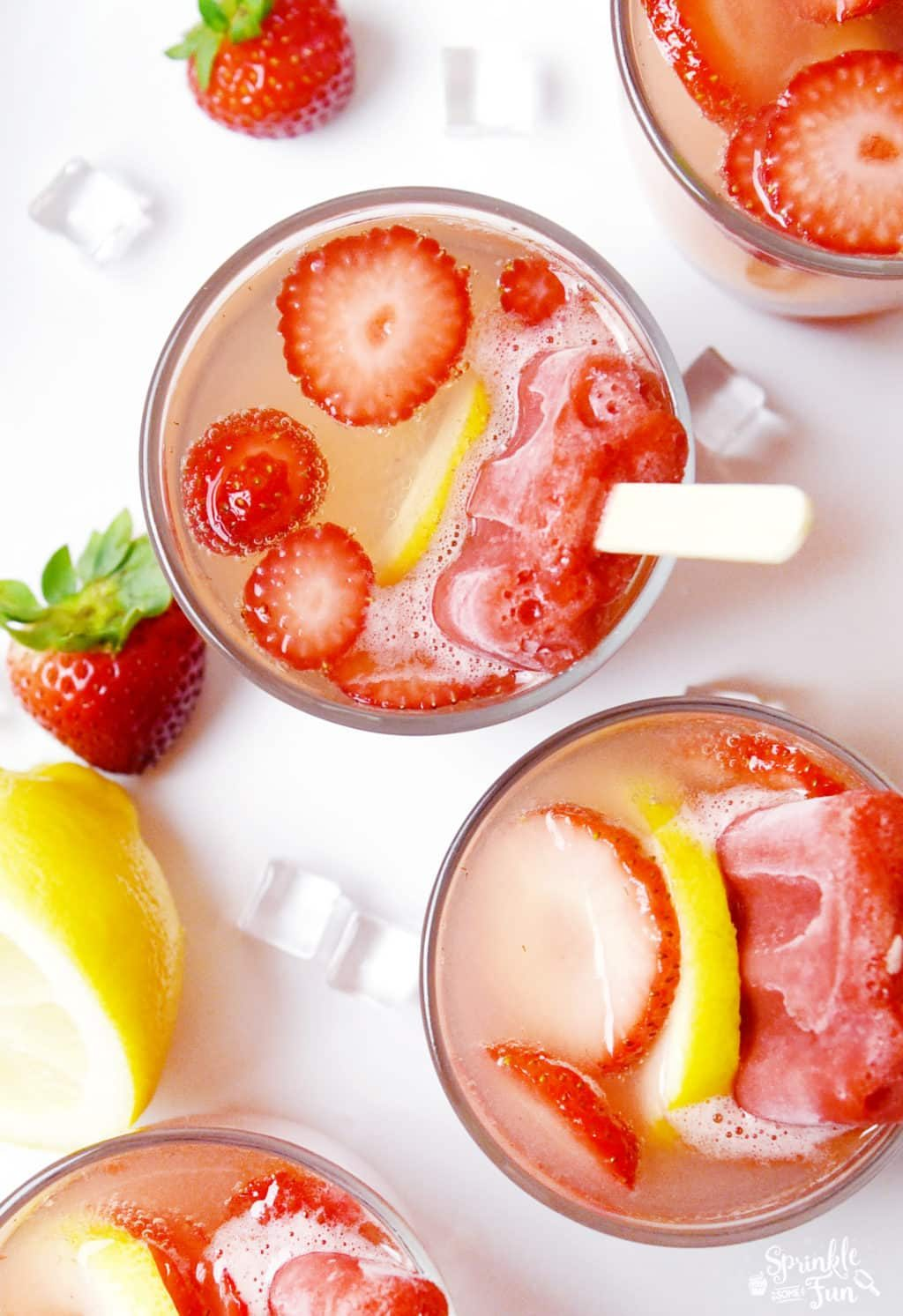 Strawberry Lemon Fruit Bar Refresher
