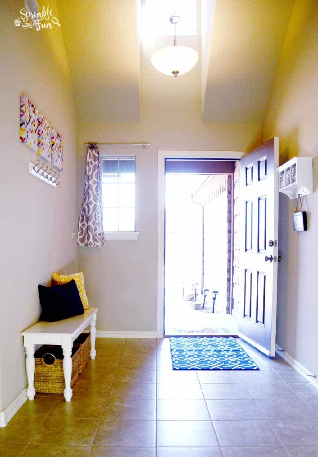 transitioning-easier-with-cort-furniture-rental