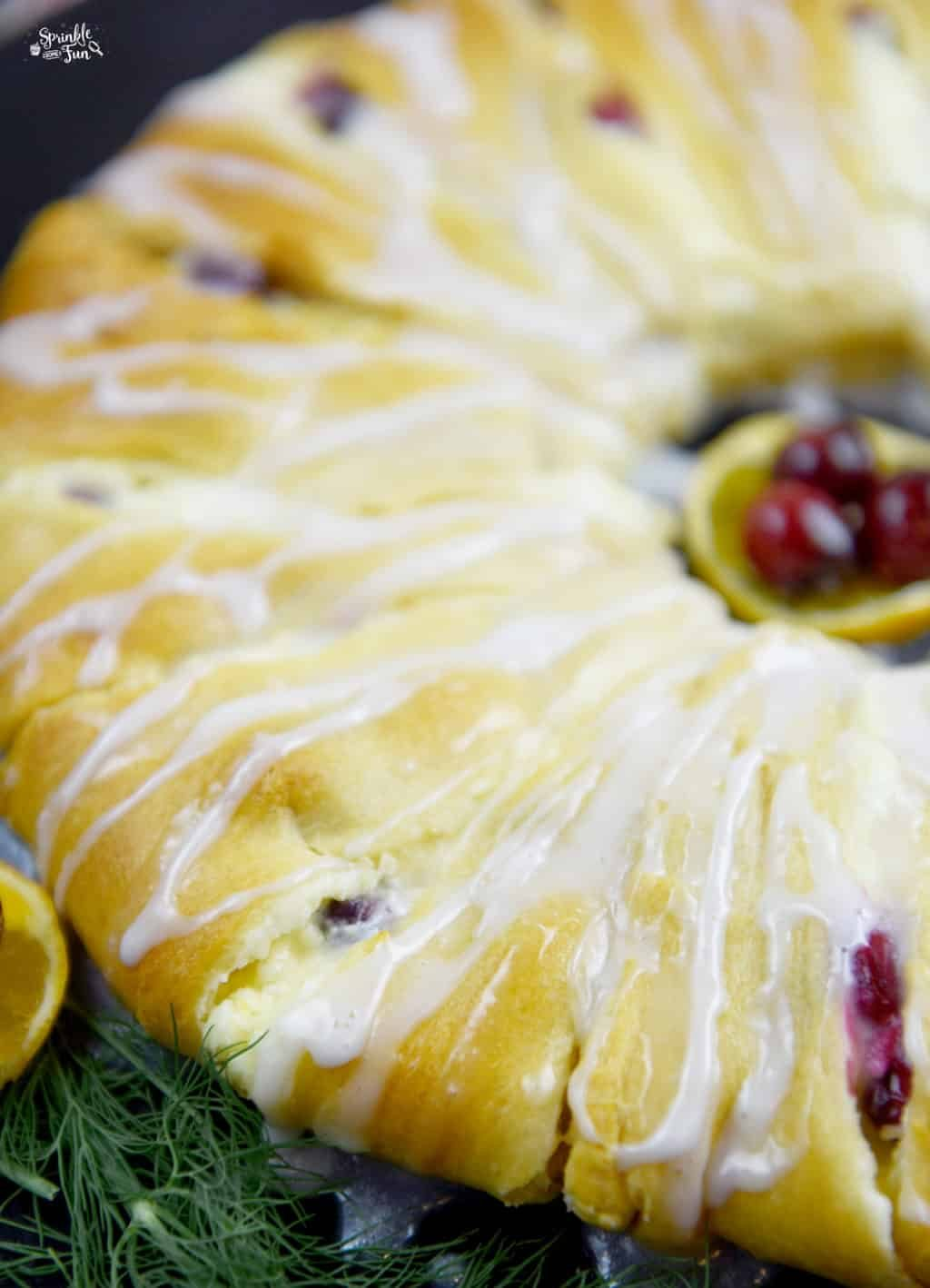 cranberry-orange-crescent-danish-ring