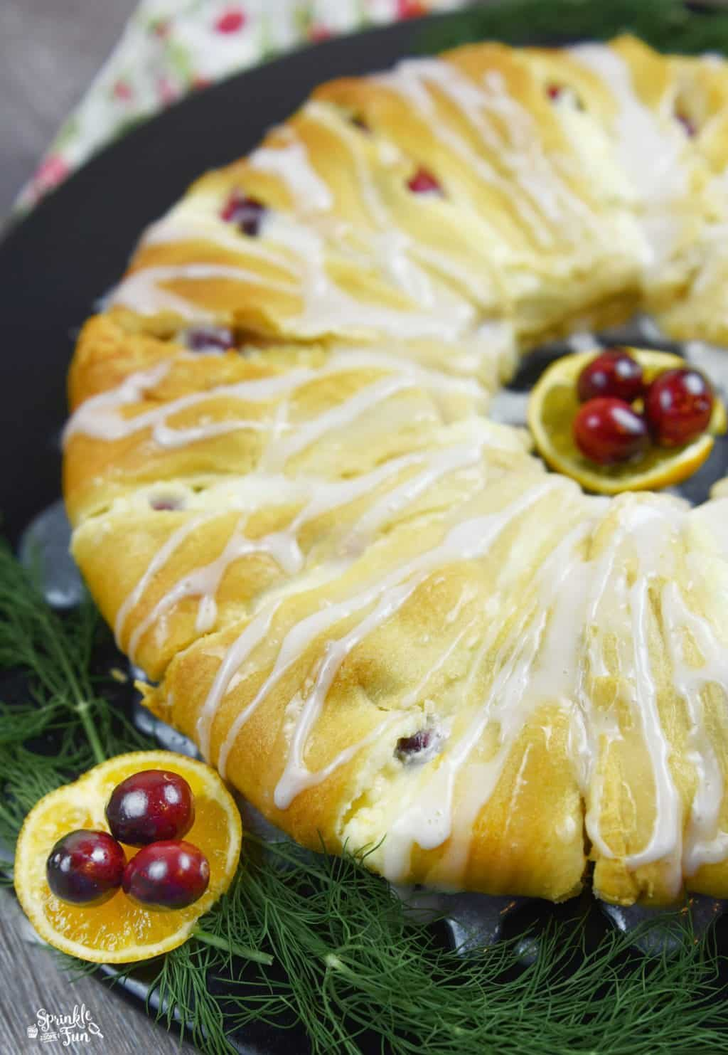 cranberry-orange-danish-crescent-ring