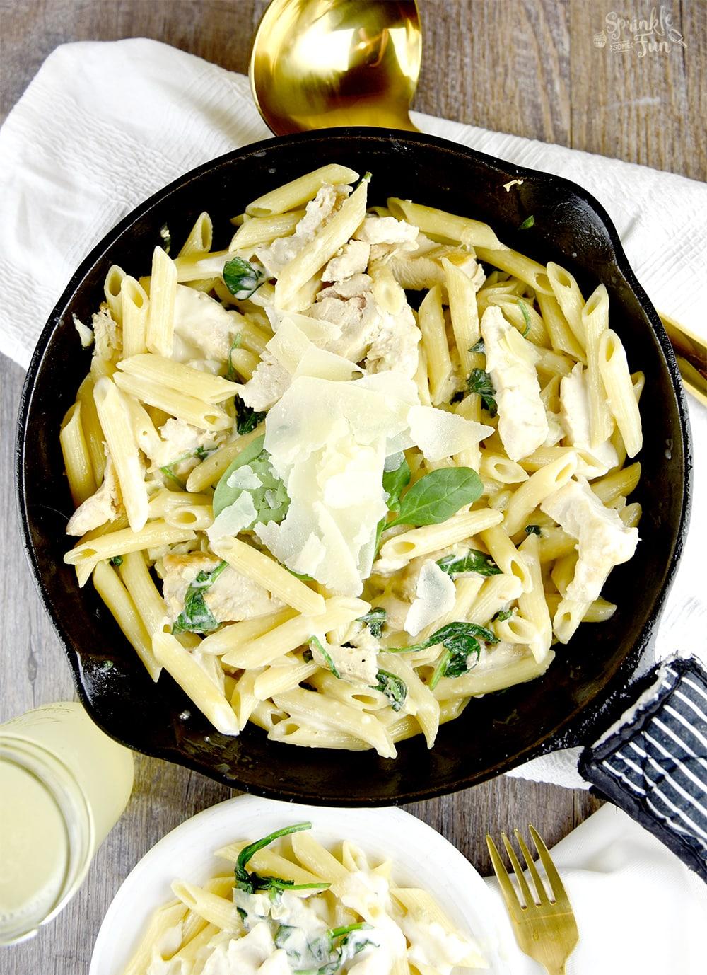 Spinach & Artichoke Alfredo Pasta
