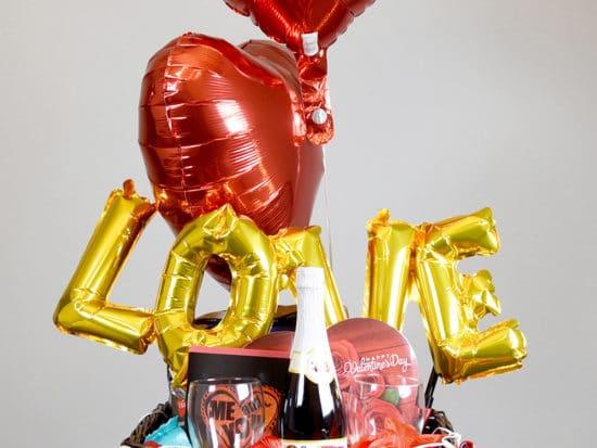 Romantic Valentine Gift Basket Ideas