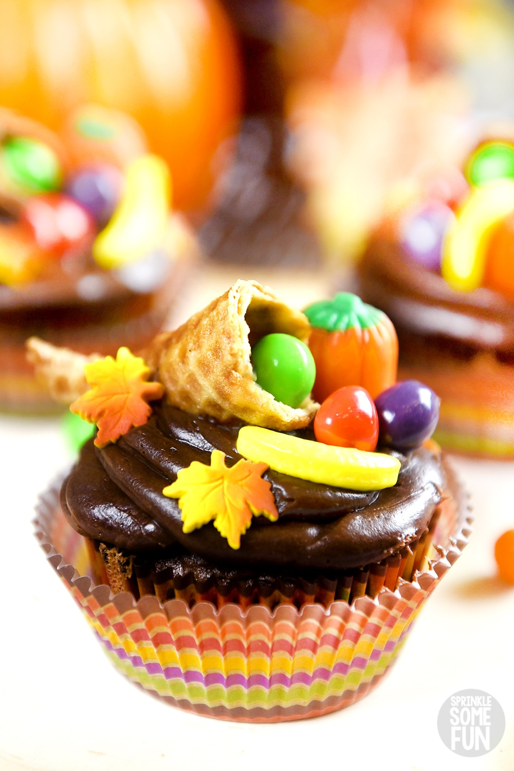 Thanksgiving Cupcakes With Cornucopia Toppers Sprinkle Some Fun