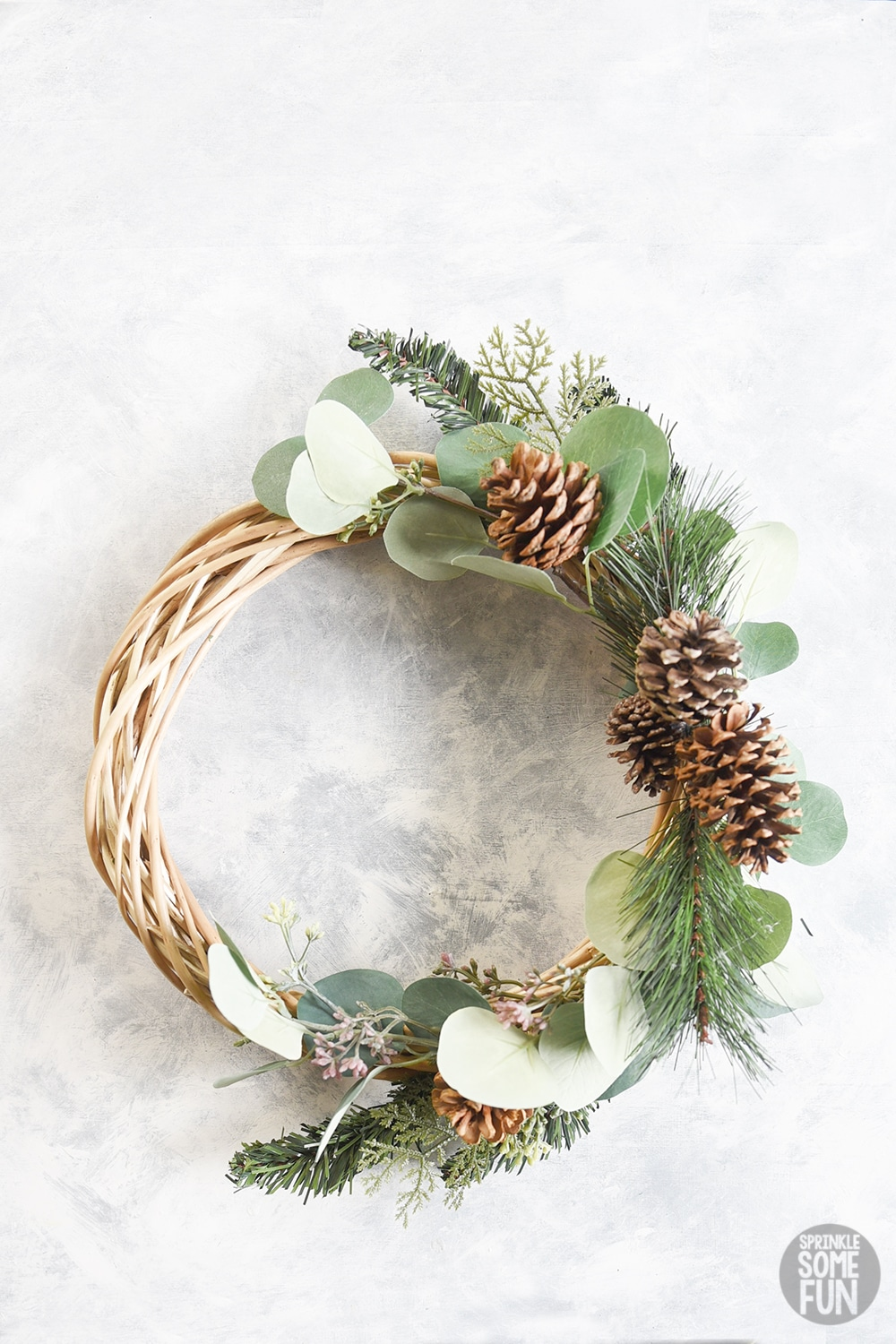 Diy Winter Wreath ⋆ Easy Dollar Store Wreath ⋆ Sprinkle